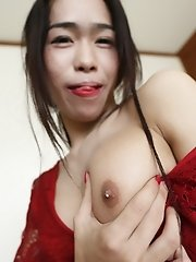 19yo busty Thai newhalf sucks off white cock on her first date