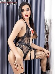 Watch Busty Ladyboy Sophia As She Enjoys Playing With Her Cock!